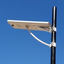 Farola solar con sensor de movimiento